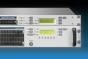 Emetteur combiné 600W SENSOR Semi-compact: union de l'excitateur SYNAPSE et de l'amplificateur CELL - Equipement pour stations de radio professionnelles à haute efficacité Stéréo analogique et DDS numérique Fréquence de modulation Refroidi par air